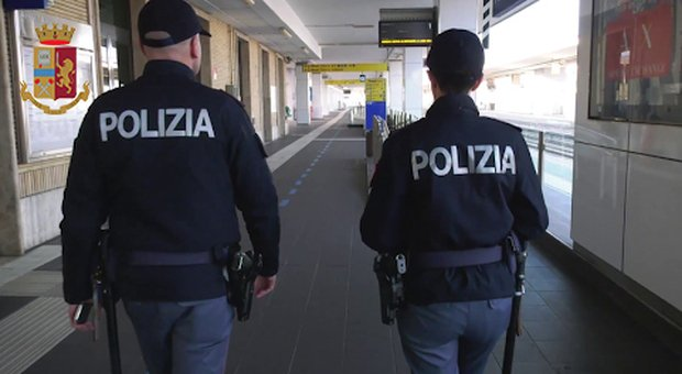 San Benedetto, paura alla stazione: paziente psichiatrico in fuga da un struttura si presenta con un coltello da cucina