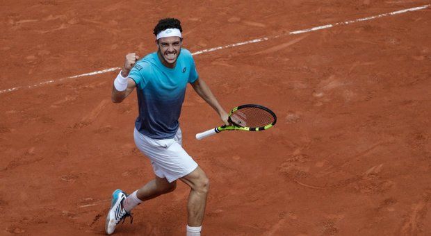 Roland Garros, Cecchinato cede in tre set: Thiem approda in finale