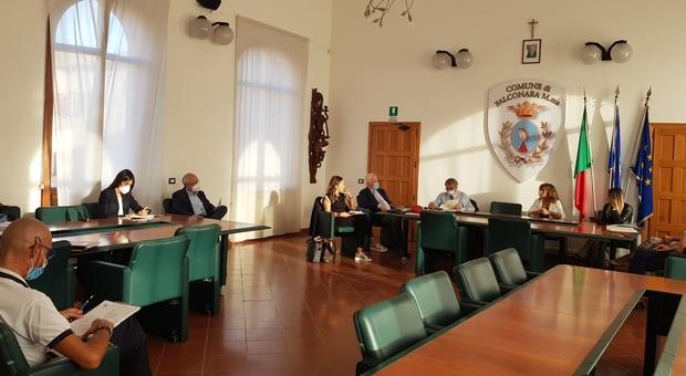 Esalazioni a Castelferretti, il sindaco presenta un esposto alla Procura di Ancona