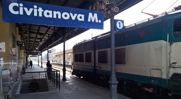 Civitanova, si sente male alla stazione: aveva ingerito ovuli con eroina per 30mila euro