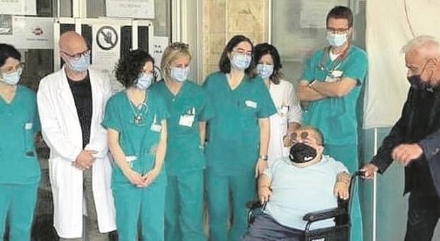 Il paziente 1 Paolino ha vinto la sua battaglia: «Ma il Covid si è portato via mia zia»