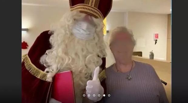 """Ventisei morti in una casa di cura dopo la visita di """"Babbo Natale"""": era positivo al Covid. Indagini in corso"""