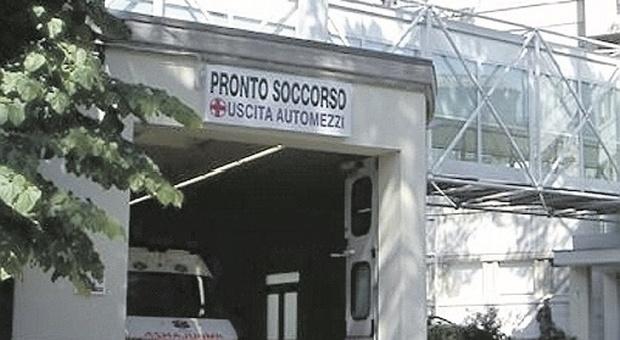 Senigallia, chiude il secondo reparto Covid, ma il Pronto soccorso continua a perdere medici