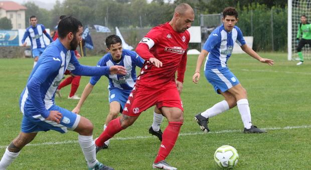Riflettori sul derby di Ascoli. Impegni casalinghi per Anconitana e Vigor Senigallia, altre due partite rinviate causa Covid