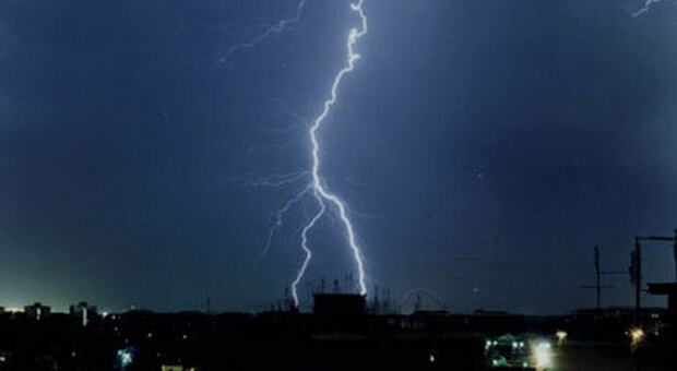 Arriva il maltempo sulle Marche: allerta meteo per un giorno e mezzo di temporali. Ecco quando