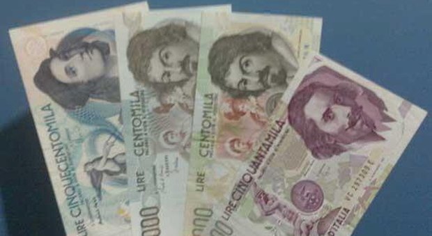 Trova un tesoro in lire e in franchi la Francia li cambia in euro, l'Italia no
