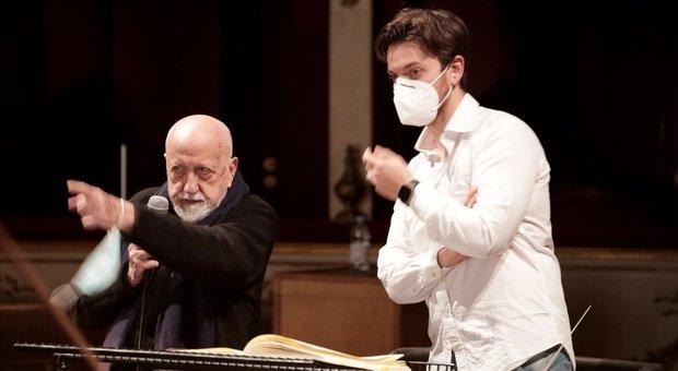 Il regista Pier Luigi Pizzi con il direttore d'orchestra Michele Spotti