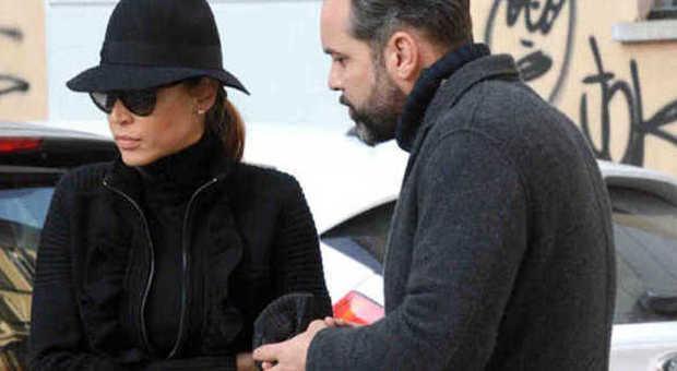 Cecilia capriotti lite in strada col fidanzato gianluca for Mobilia zoo