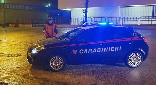 Giovane di 30 anni tenta di uccidersi con il gas: salvato dai carabinieri