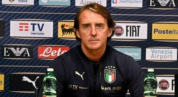 Roberto Mancini, prolungato fino al 2026 il contratto con la Nazionale: «Felice per il rinnovo»