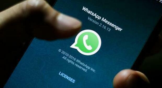 WhatsApp, dal 15 maggio nuova informativa privacy. Se non si accetta funzionalità limitate dopo qualche settimana