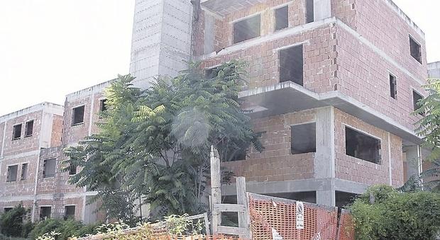 Fallimento dell'impresa edile Grillo e milioni svaniti: denunciati i soci e appartamenti sequestrati