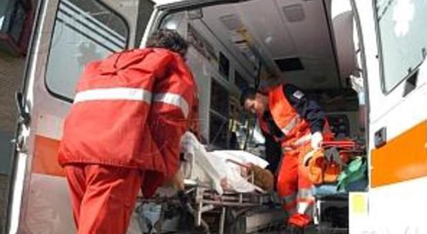 Magliano di Tenna, scontro frontale Due automobilisti all'ospedale