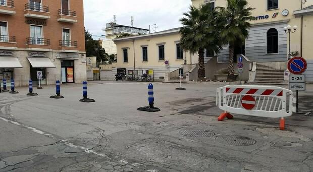 Piazza Matteotti, uno studio sull arredo urbano: incaricato un agronomo per gli alberi adatti e la vegetazione
