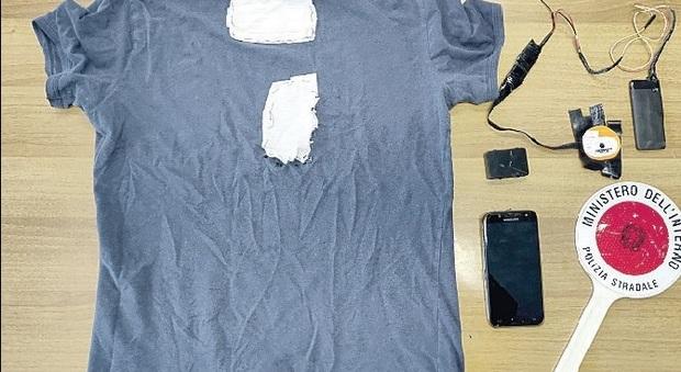 Pesaro, da 39 a zero errori nell'esame per la patente: trovato con il kit da agente segreto e condannato