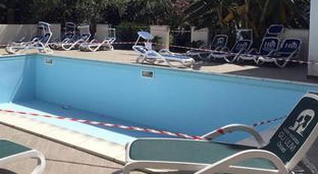Perugia, studente spagnolo Erasmus muore durante un party in piscina: è annegato