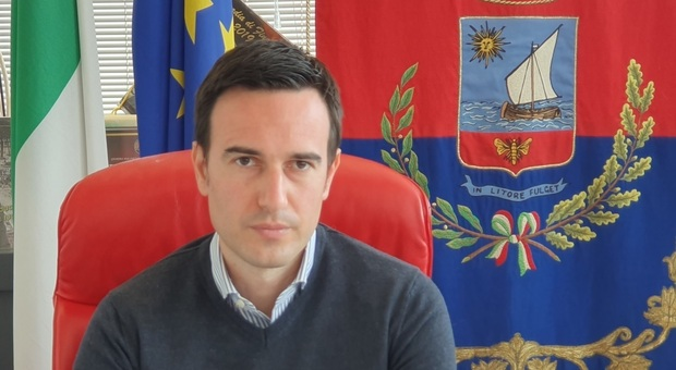 Il sindaco Franchellucci