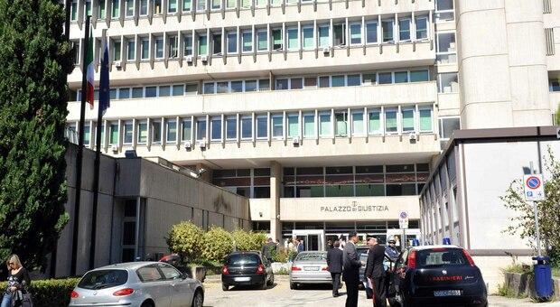Il Tribunale di Macerata dove si tiene il processo