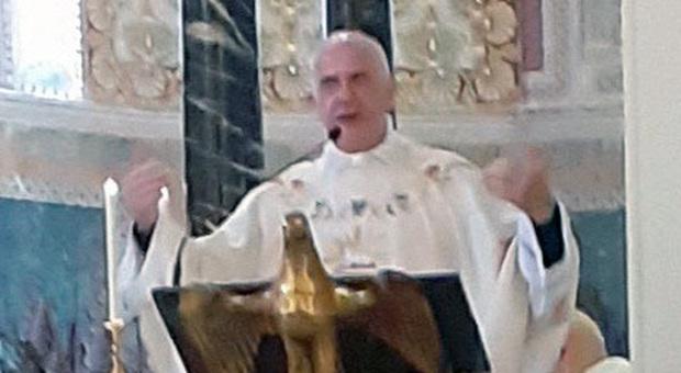 Ascoli, pedopornografia e cocaina, indagato il vice parroco: il vescovo lo caccia