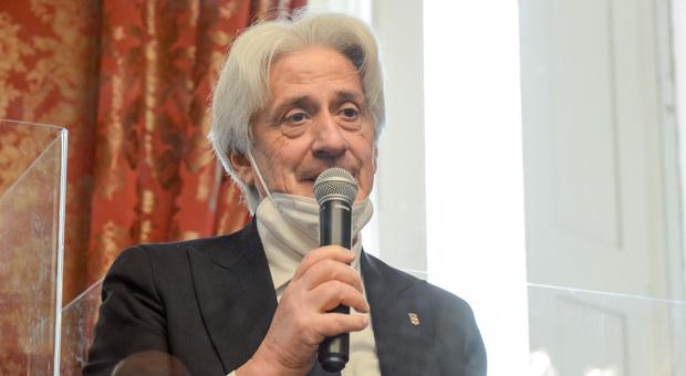Il sindaco di Macerata Sandro Parcaroli