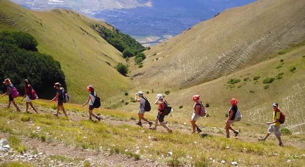 La fase 2 rimette in moto anche il trekking in montagna, ma a passo lento