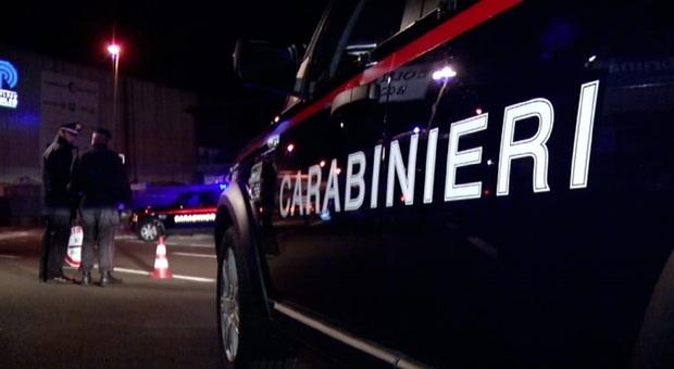 Sant'Ippolito, spara all'imbianchino per un debito: preso in autostrada