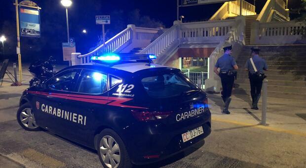 I carabinieri hanno salvato il 36enne che voleva lanciarsi dal ponte di Collemarino