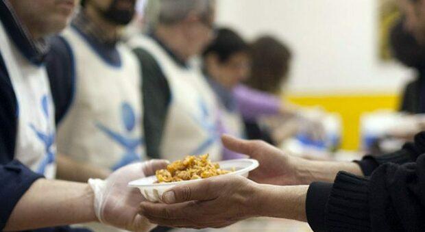 Oltre mille interventi in tre mesi: la Caritas è salda in prima linea
