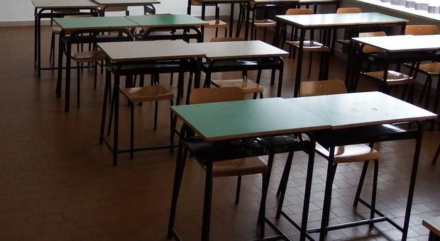 Pesaro, mancano spazi a scuola e sui bus: ipotesi orari scaglionati o istituti chiusi a turno