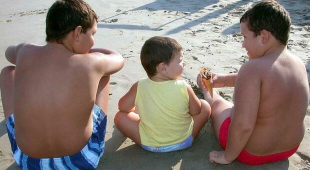 Covid, i pediatri: «I bambini obesi più vulnerabili al virus»