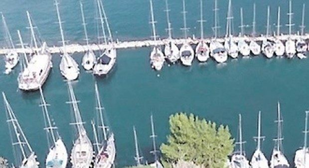 Fano, trappola in alto mare tra super yacht rubati, reimmatricolati e poi venduti: in due alla sbarra