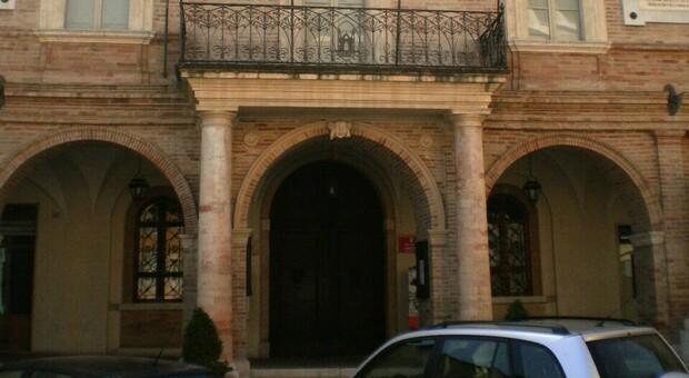 Il palazzo municipale di San Severino