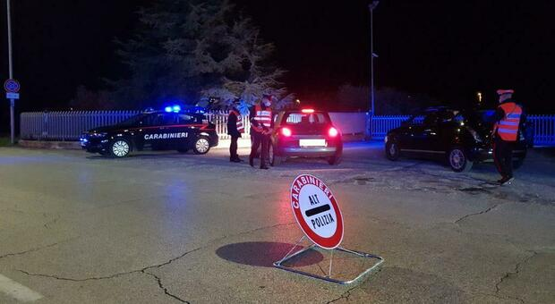 Furti d'auto, ormai è un'epidemia. Ma i carabinieri lanciano la squadra antiladro, scatta un'altra denuncia