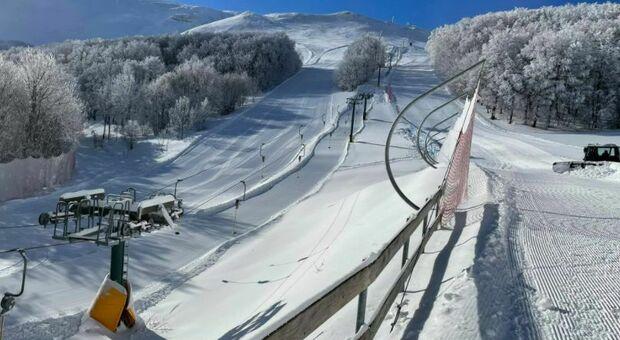 Bolognola scalda i motori, Green pass obbligatorio per sciare: «Siamo già al lavoro per dicembre»