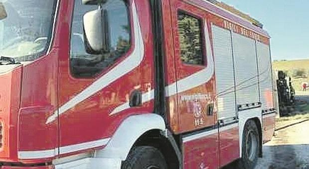 Prende fuoco un condizionatore, paura per l'incendio nel reparto di Malattie infettive