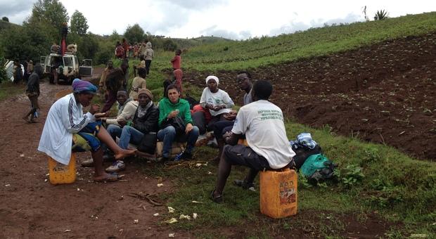 La giovane fanese Miriam paci volontaria in Congo