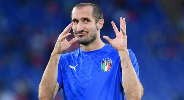Italia-Svizzera, Chiellini tocca con la mano: ecco perché il Var ha annullato il gol degli azzurri
