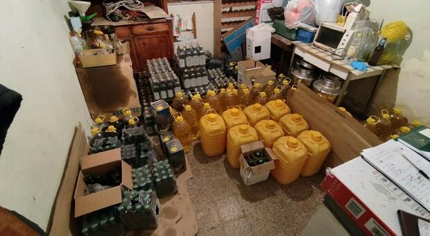 L'olio extravergine d'oliva invece era di semi, maxi sequestro della Finanza: imprenditore denunciato per frode