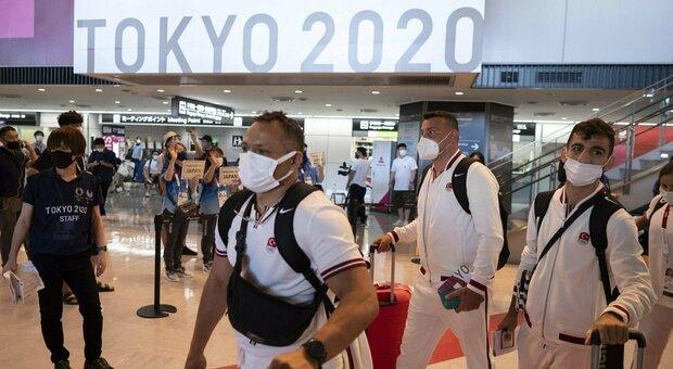 Tokyo, 15 positivi tra persone legate ai Giochi: sale l'allerta
