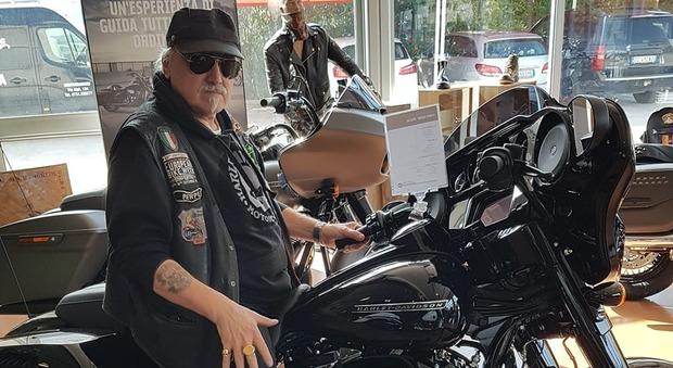 Moreno Frontalini e la sua Harley Davidson