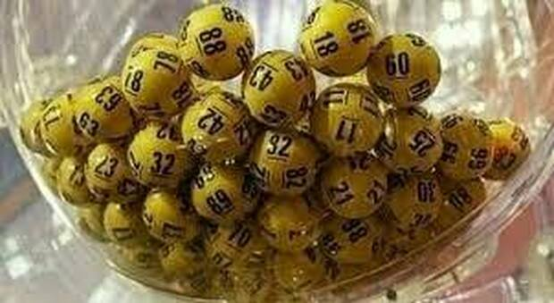 Lotto, SuperEnalotto e 10eLotto: estrazione dei numeri vincenti di oggi 3 maggio 202. Ecco le quote