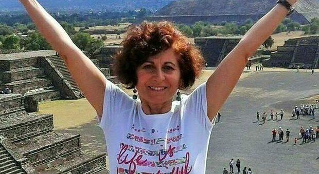 Insegnante muore schiacciata dal cancello, tragedia a Monopoli: Rosa aveva 57 anni