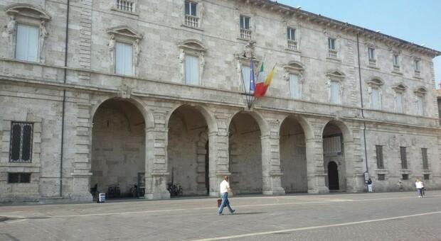 Il palazzo comunale di Ascoli