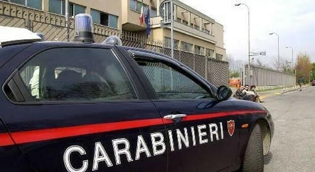 Bar prosegue l'attività oltre l'orario stabilito, scatta la multa dei carabinieri