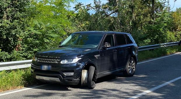 L'auto coinvolta nell'incidente sulla strada del monte Conero