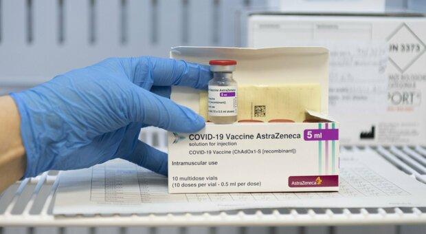 Astrazeneca, nuovo stop. Nelle Marche il vaccino è stato somministrato a 17.645 under 50 su 167.001 vaccinati
