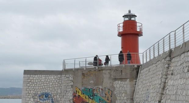 La Lanterna Rossa al porto di Ancona