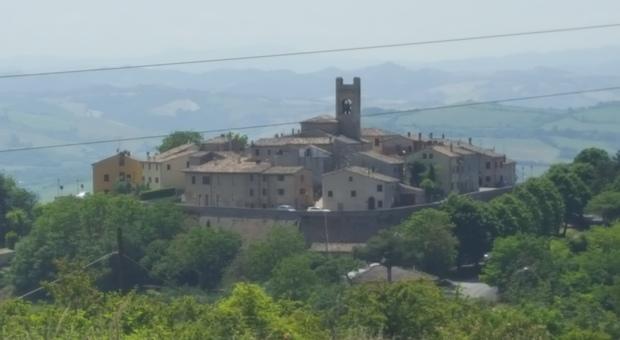 Montefabbri, borgo della Valcesano (foto di archivio)