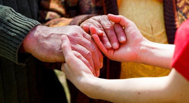 Parkinson, immunoterapia per curarlo: al via gli studi sui pazienti