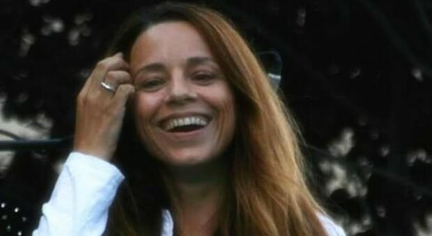 Valeria Rossi, 20 anni fa il tormentone delle tre parole : «Oggi lavoro nell'ufficio anagrafe»